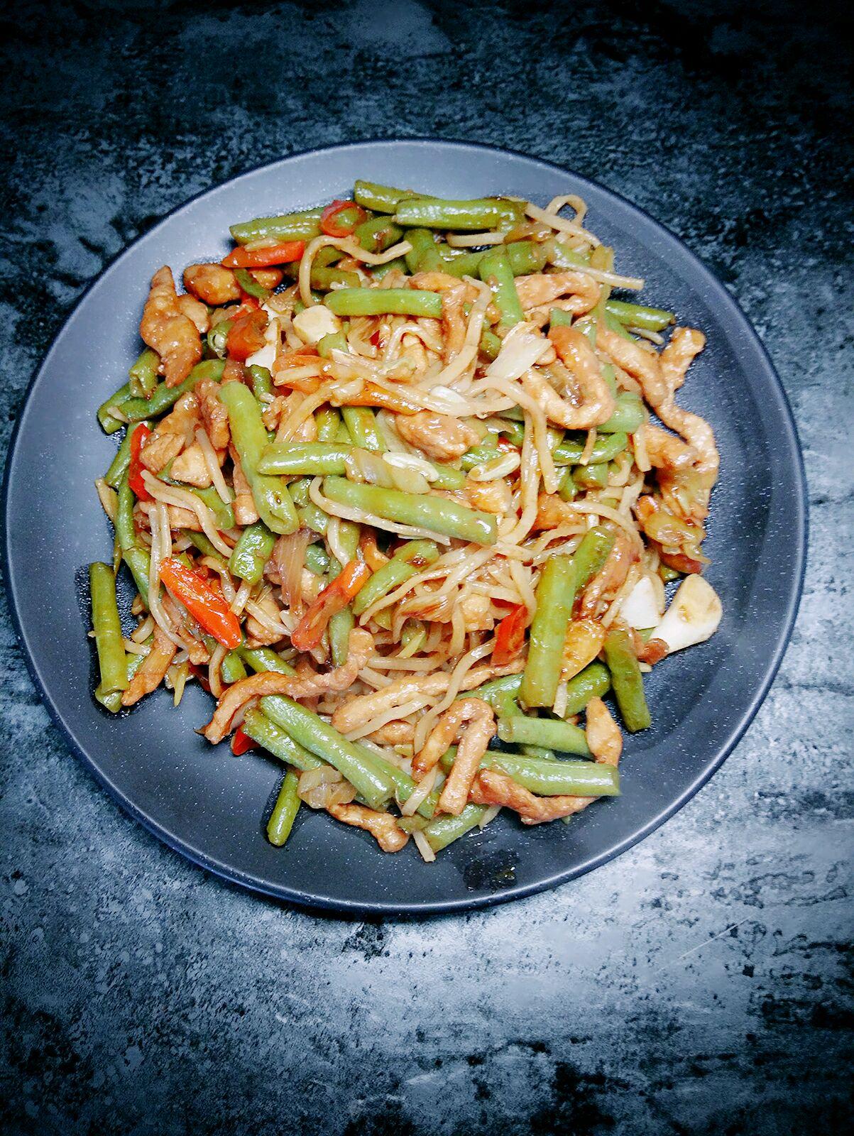 炒油条_豆角焖面怎么做_豆角焖面的做法_豆果美食