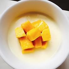 芒果鸡蛋牛奶布丁