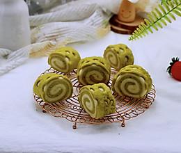 #《风味人间》美食复刻大挑战#菠菜双色花样小馒头卷的做法