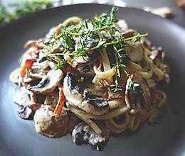 【安卡西厨】火腿蘑菇奶油意大利面的做法