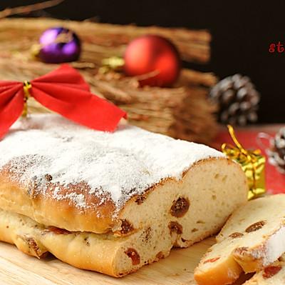 内涵丰富的圣诞主题面包史多伦Stollen