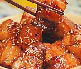 毛氏红烧肉,胶原蛋白都溢出来了的做法
