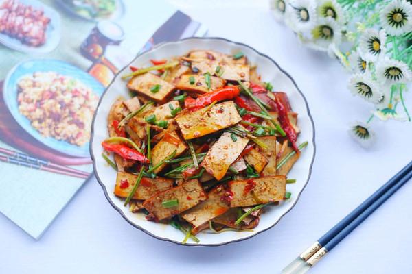 #秋天怎么吃#芹菜炒香干的做法