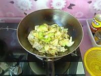 圆白菜炒粉条的做法图解8