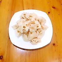 排骨莲藕养生汤的做法图解2