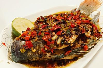 清蒸剁椒鱼 肉嫩酱香蒸鱼不腥的秘诀