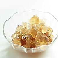 桃胶炖银耳  美容养颜之圣品的做法图解3