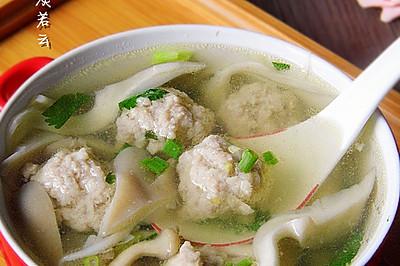 香菜平菇丸子汤---冬季暖身