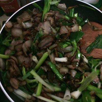 干辣椒炒腊肉的做法 步骤3