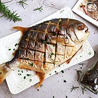#一人一道拿手菜#烤金鲳鱼的做法图解14