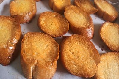 简单快手法棍新吃法(宝宝也能吃的哦)——蜂蜜黄油+香蕉