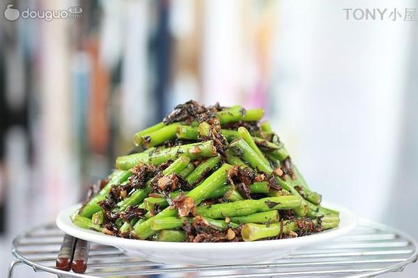 霉干菜炒豇豆的做法