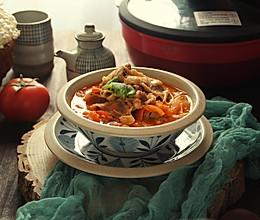 番茄金针菇酸汤肥牛的做法