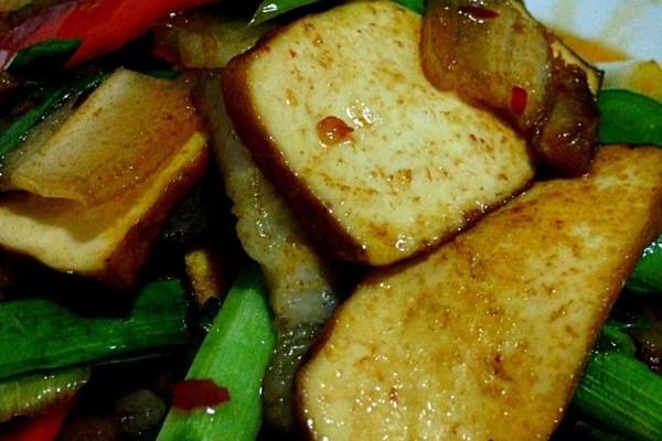 香干蒜苗回锅肉的做法