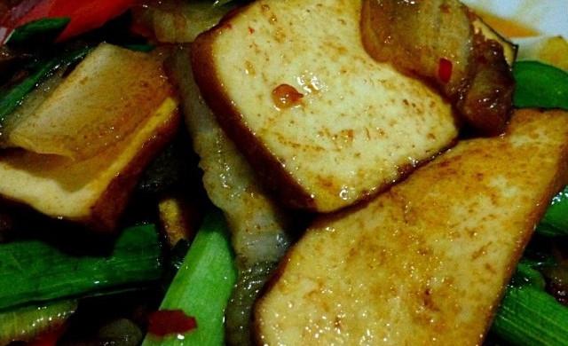 香干蒜苗回锅肉
