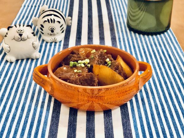 萝卜牛腩煲的做法