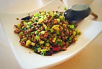 芹菜炒肉末:曼哈顿大厨教学的做法