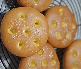 简单的黄油砂糖早餐包的做法