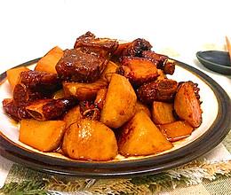 贴秋膘-----红烧芋头排骨的做法