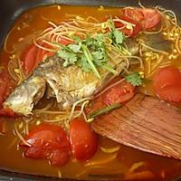 酸辣番茄焖鲫鱼的做法图解11