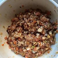 香菇酿肉的做法图解1