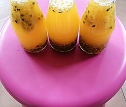 自制百香果汁的做法