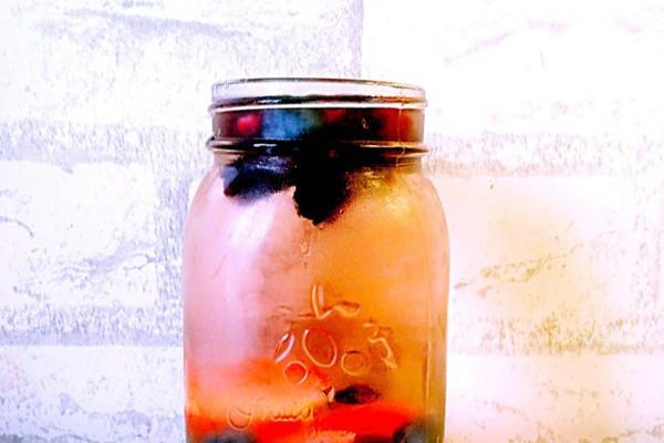 夏日特饮—Detox water(健康排毒水)的做法