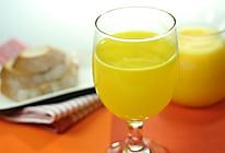 鲜榨菠萝汁的做法