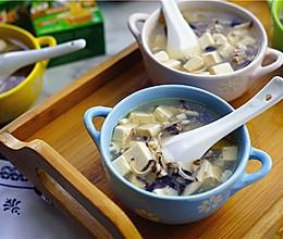菌菇牛肉豆腐汤的做法