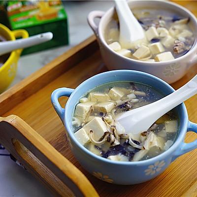 菌菇牛肉豆腐汤