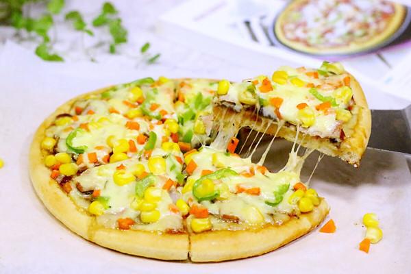培根口蘑田园披萨的做法