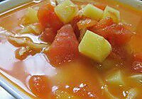 《分手合约》里的西红柿土豆咸笋汤的做法