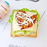 畅快早餐,元气满满一整天  ~黑椒鸡胸肉厚蛋三明治的做法图解6