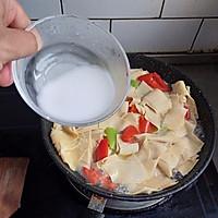 东北菜《尖椒干豆腐》的做法图解8