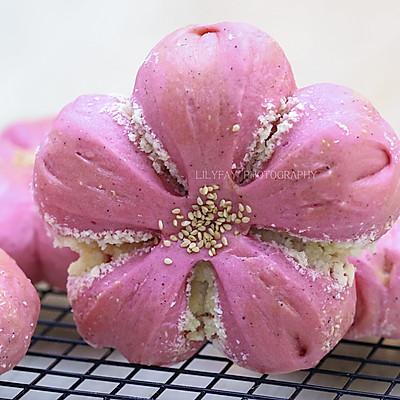 火龙果椰蓉樱花面包