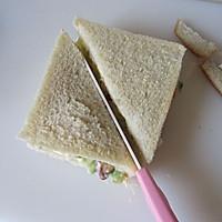 五分钟的营养能量早餐---鸡蛋三明治的做法图解8