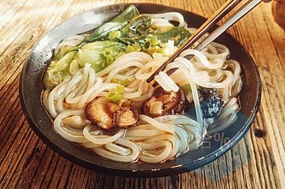 米线也是大米料理的一种