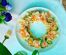 低脂又营养丰富的虾仁杂蔬沙拉