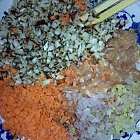 鸡蛋肉卷(专为不吃熟红萝卜,香菇人群设计)的做法图解2