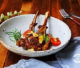 法式迷迭香烤羊排的做法