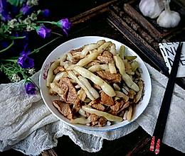 #花10分钟,做一道菜!#猪肉小炖芸豆的做法