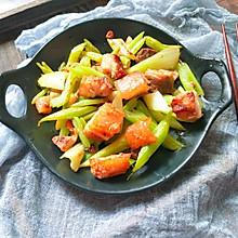 #春天肉菜这样吃#自制广式脆皮烧肉
