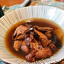 【冬日暖心又暖胃】的滋补野山菌鸡汤