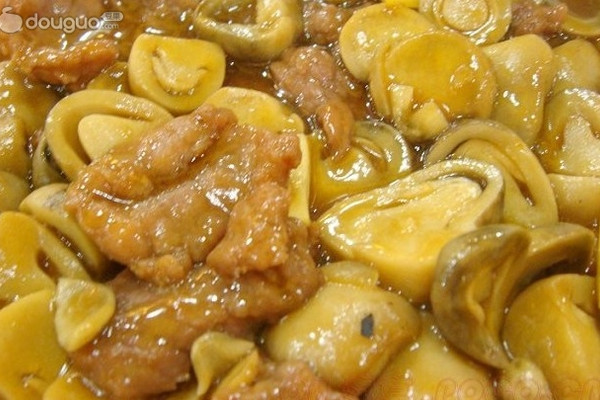 鲜菇牛肉饭的做法