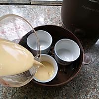 #快手又营养,我家的冬日必备菜品#香浓丝滑——牛奶炖蛋的做法图解6