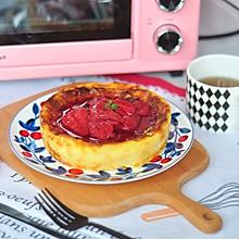 草莓巴斯克芝士蛋糕