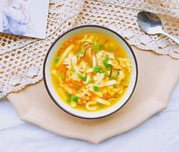 #洗手作羹汤# 黄金豆腐汤的做法