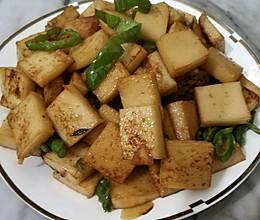 辣椒炒鱼豆腐