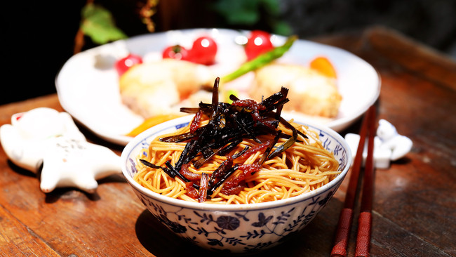 《麦田与收割者》—葱油面配香煎银鳕鱼#我的玩味生活#的做法