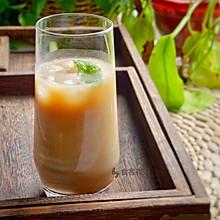 #秋天怎么吃# 秋天太容易犯困,来杯冰咖啡,解决一切问题!